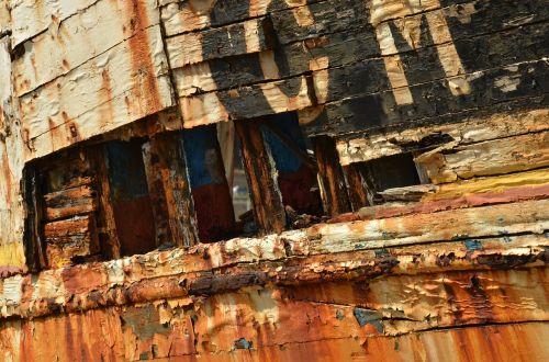wreck boat ship