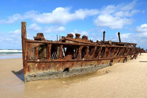 wreck ocean ship