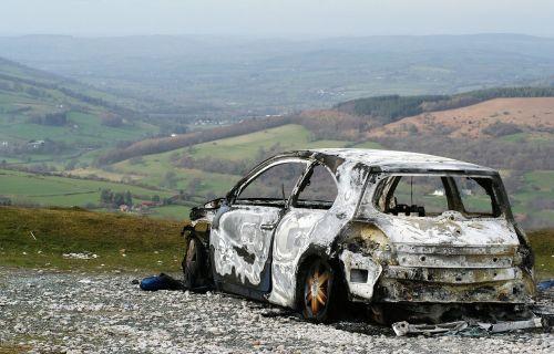wreck car burnt