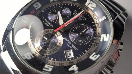 wristwatch  watch bezel  watch crystal