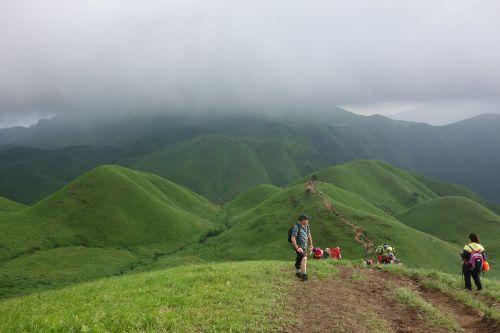 wugongshan staff climbing