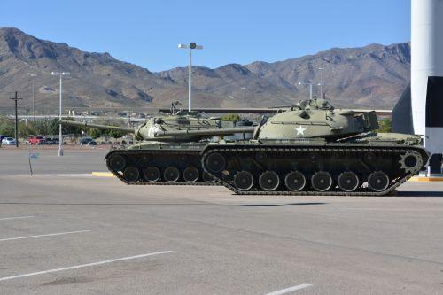 WW2 Battle Tanks Military Armor USA