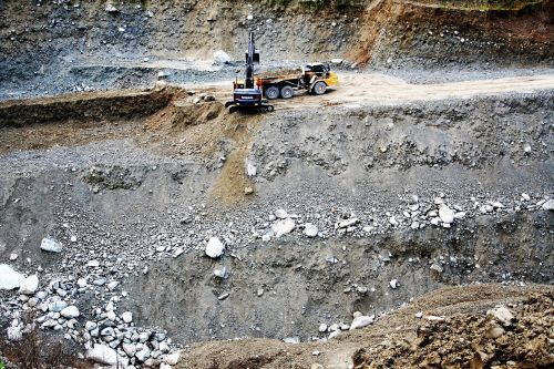 wyrobisko the stones excavator