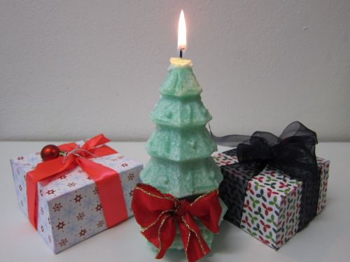 xmas tree,christmas tree,candle,xmas,green,gift,present,celebration,pine,ribbon,decorative