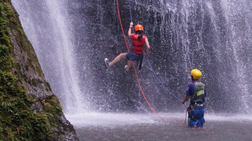 extreme sports canyoning abseiling