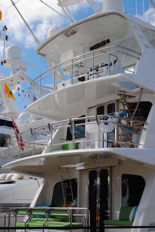 yacht yacht exterior decks