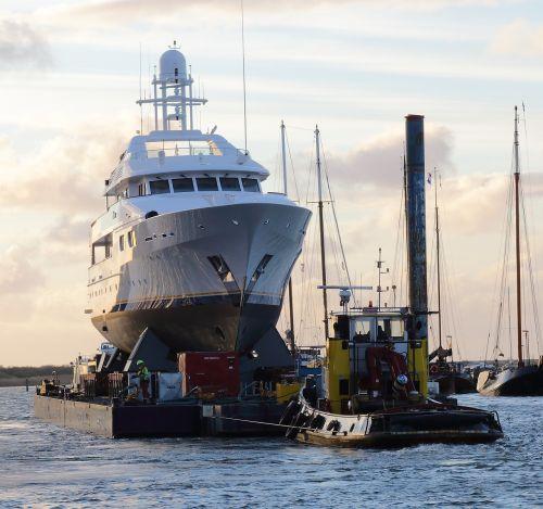 yacht tug heavy duty