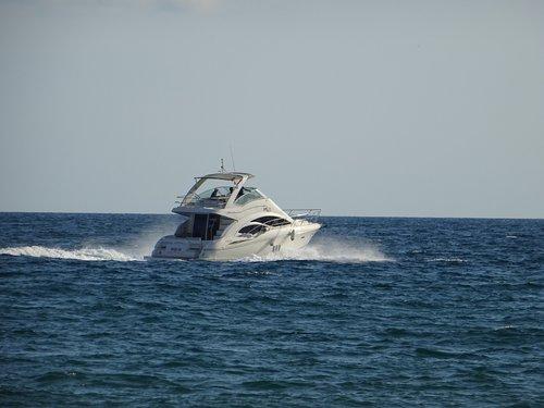 yacht  sea  navigation