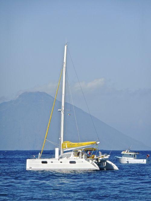 yacht sea boat