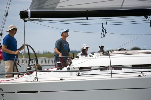 yachting hands-on sailing