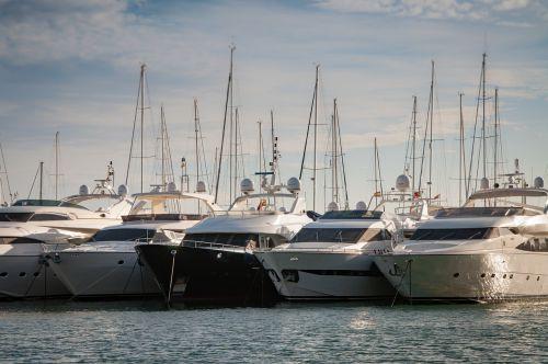 yachts mallorca port