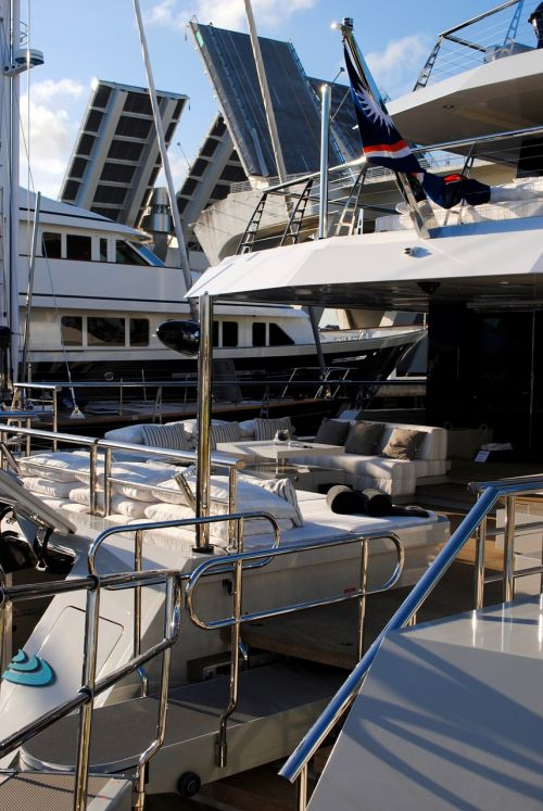 yachts boats deck