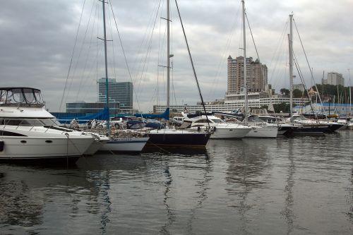 yachts sea water