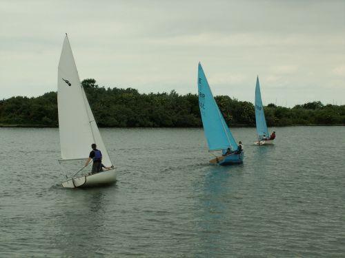 yachts lake sailboat