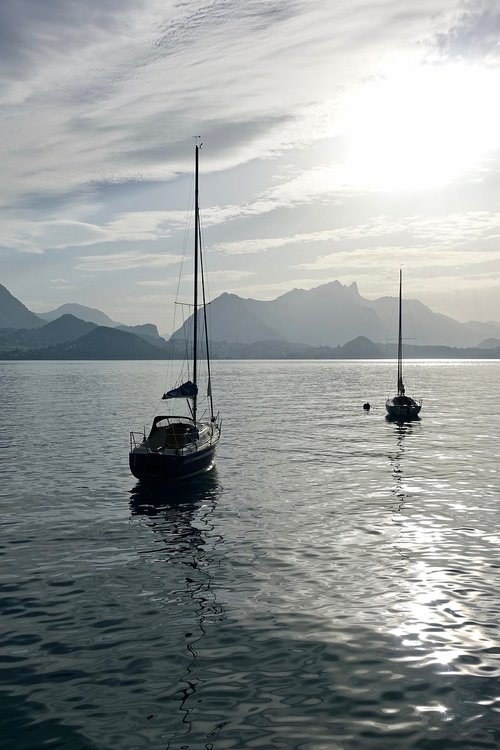 yachts  sunlight  tranquility