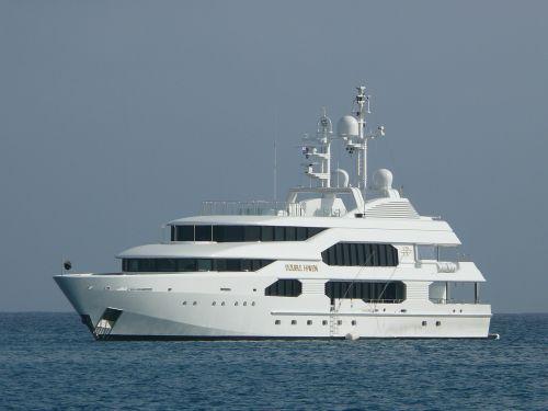 yachts beach boat