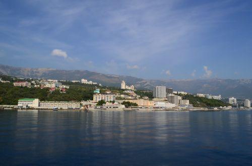 yalta crimea landscape