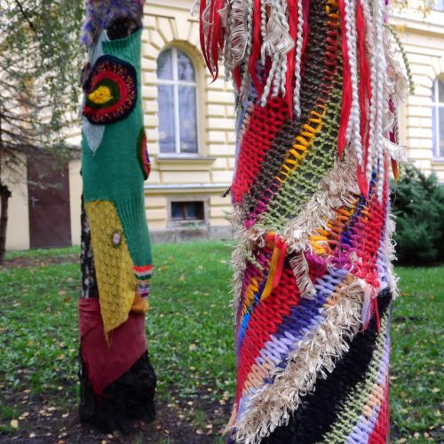 yarn bombing guerilla knit knitting