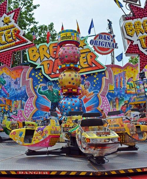 year market  carousel  folk festival