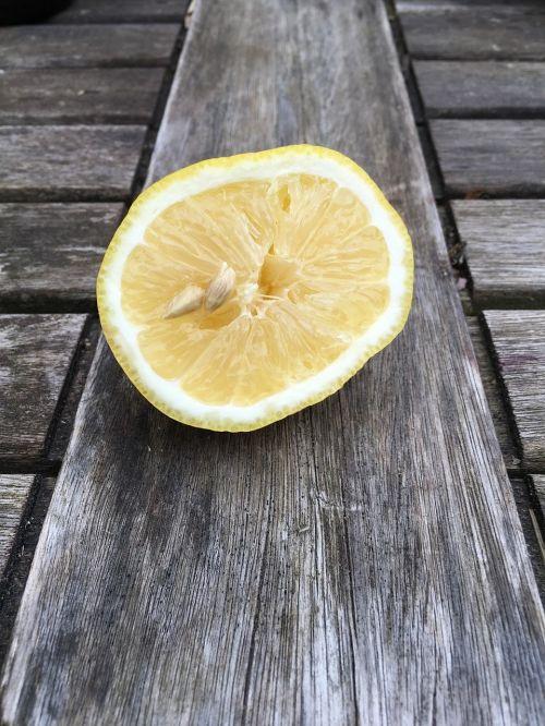 citrina,geltona,rūgštus,pusė