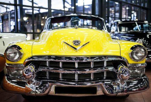geltona,automobilis,transporto priemonė,gabenimas,senas,Senovinis,on,legenda,daniel,tvirtas,nostalgija,retro,modelis,šedevras,kultūra,muziejus,paroda