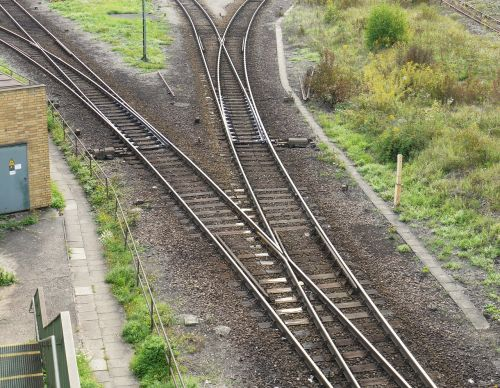 yield branch railway