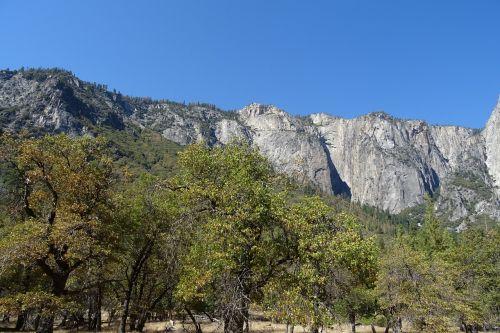yosemite national park rock formation