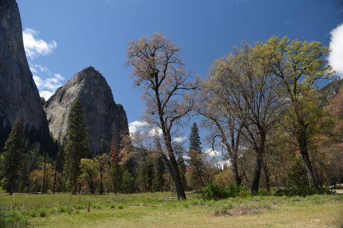 Yosemite Granite Mountains