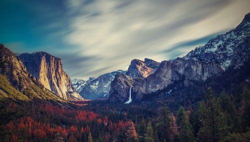 Josemito slėnis,josemitas,mus,Kalifornija,slėnis,kalnai,miškai,rifai,krioklys,tunelis,josemito tunelis,gamta,ruduo,kraštovaizdis