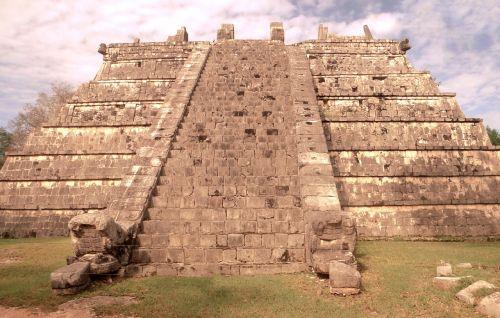 yucatan chichen itza mexico
