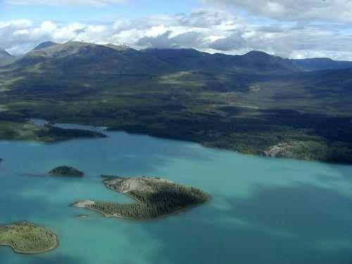 yukon territory lakes mountains