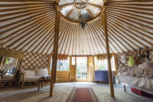 yurt holiday travel