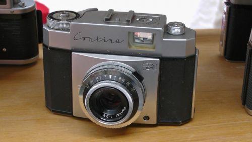 Zeiss Ikon Contina 35mm Camera