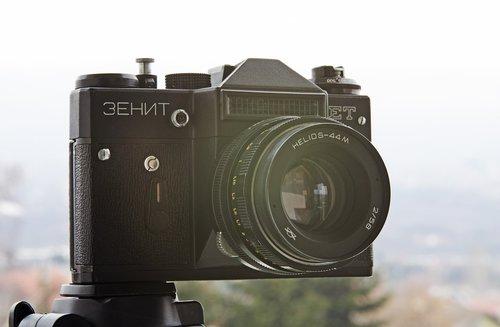 zenit camera  zenit et  helios 44m