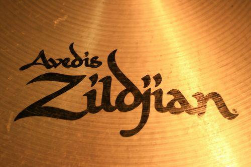 zildjian avedis crash cymbal