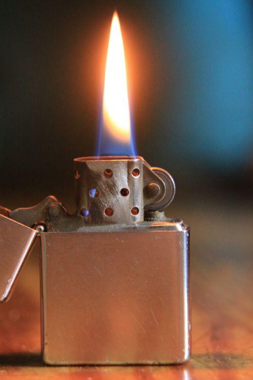 zippo fire flame