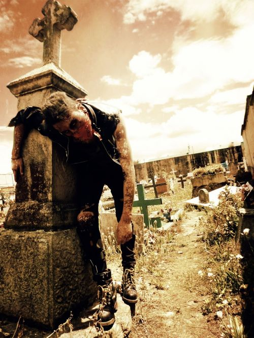 zombie death cementary