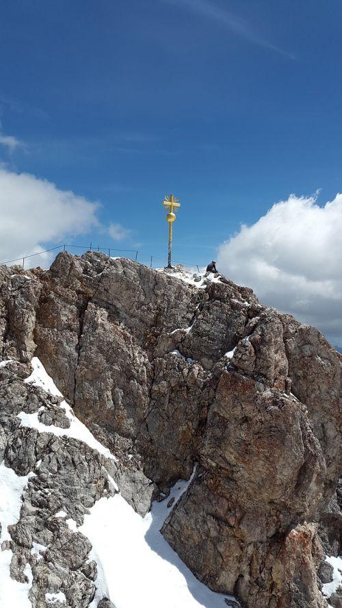 zugspitze summit cross summit