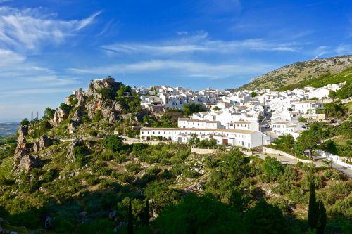 zuheros spain village