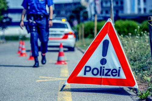 Zuricho kantono policija, policininkas, Zurich, policija, policijos uniformas, be honoraro mokesčio