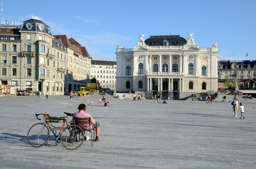 zurich opera house sechseläutenplatz zurich